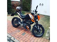KTM DUKE 125cc 2015 - quick sale - includes lock and cover