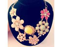 Flower Pendant statement Necklace vintage crystals collar jewellery for women