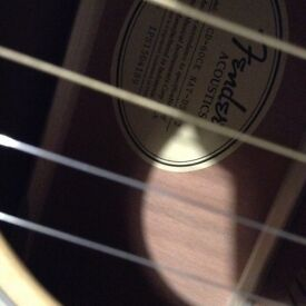 FENDER ACOUSTICS GUITAR WITH CASE
