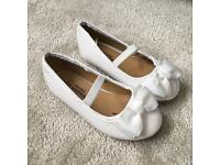 Brand new girls ballerina shoes size 5 infant
