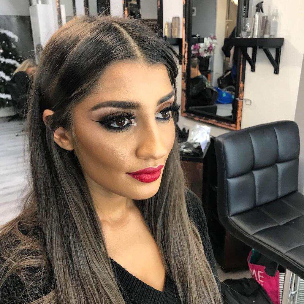 Makeup Artist (MAC 6yrs exp + 2yrs ONYX salon) - Freelance. Bridal ...