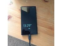 Used Nokia Lumia 1020 mobile phone in full working order with sub charger on 3 network