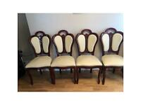 Lovely Table and 4 chairs excellent condition