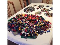 LEGO large accumulation/collection Over 11 kilos as per pictures and description
