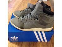 "Adidas Originals - ""Full Back"" (Grey, Size 11)"