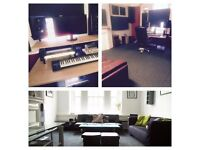 EARVISION STUDIOS - 2HRS for £35 RECORDING STUDIO (Incl. Sound Engineer)