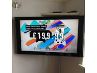 "40"" SAMSUNG LCD FULL HD TV TOP IF THE RANGE NO SCRACH OR DAMAGE NEGOTIABLE PRICE"