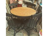 🌸OAK EXTENDING DINING TABLE AND CHAIRS