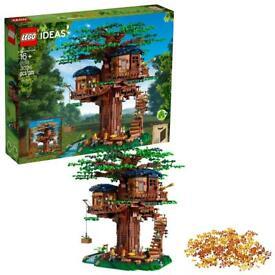 Lego treehouse retired set