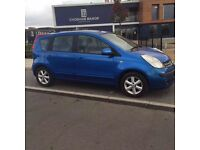 Blue Nissan note