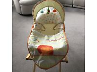 Mothercare Moses Basket and stand in very good clean condition, from a non-smoking, pet free home