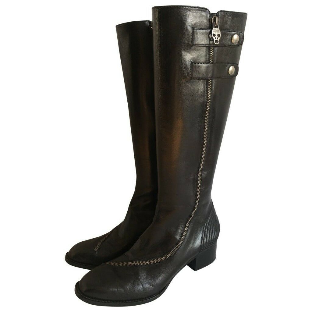 f0d19ff6f95e Alexander McQueen Leather Boots