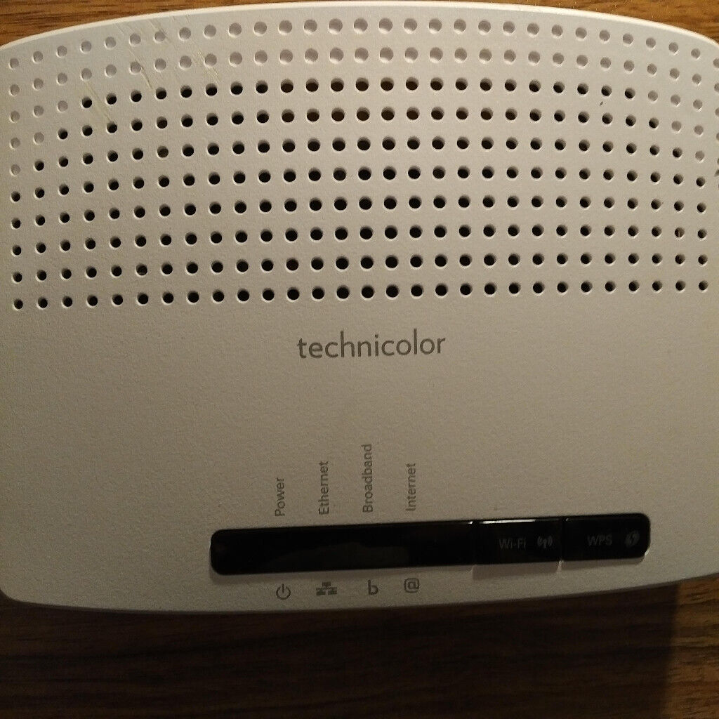 Internet Router Technicolor TG582n | in Basingstoke, Hampshire | Gumtree