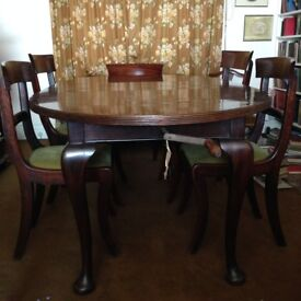 """Regency style mahogany dining table (circa 1900) extendable 4ft 6in to 7' 6"""""""