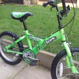 Sonic boys bike, 16 inch wheels in very good condition .