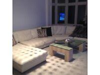 Stunning corner sofa made by Italian Company Natuzzi, VGC
