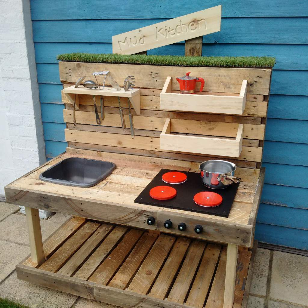 Mud Kitchen Signs: Handmade Rustic 'Mud Kitchen'
