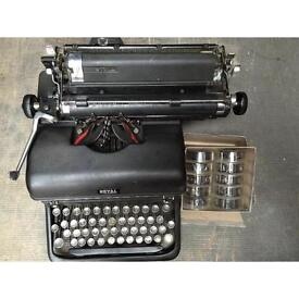 "VINTAGE ""ROYAL"" TYPEWRITER + BOX x 10 RIBBONS"