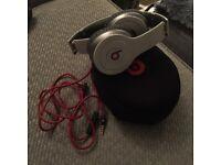 Headphones - Solo Beats