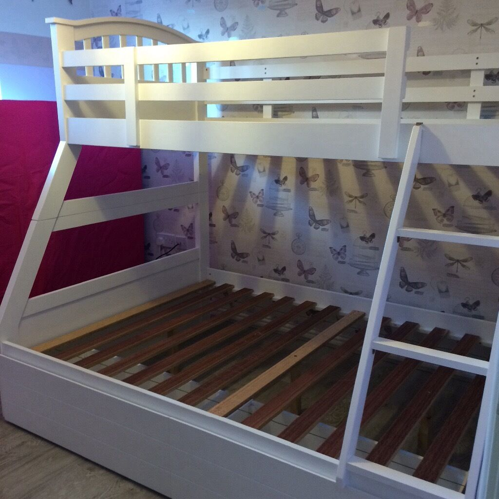 Kids 3 Sleeper Bunk Bed With Large 2 Draw Under Bed Storage In