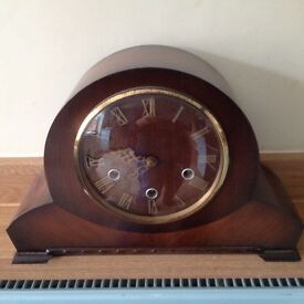 Clock. Smiths Westminster chime mantle clock