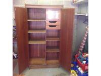 Free!!! Solid wooden wardrobe
