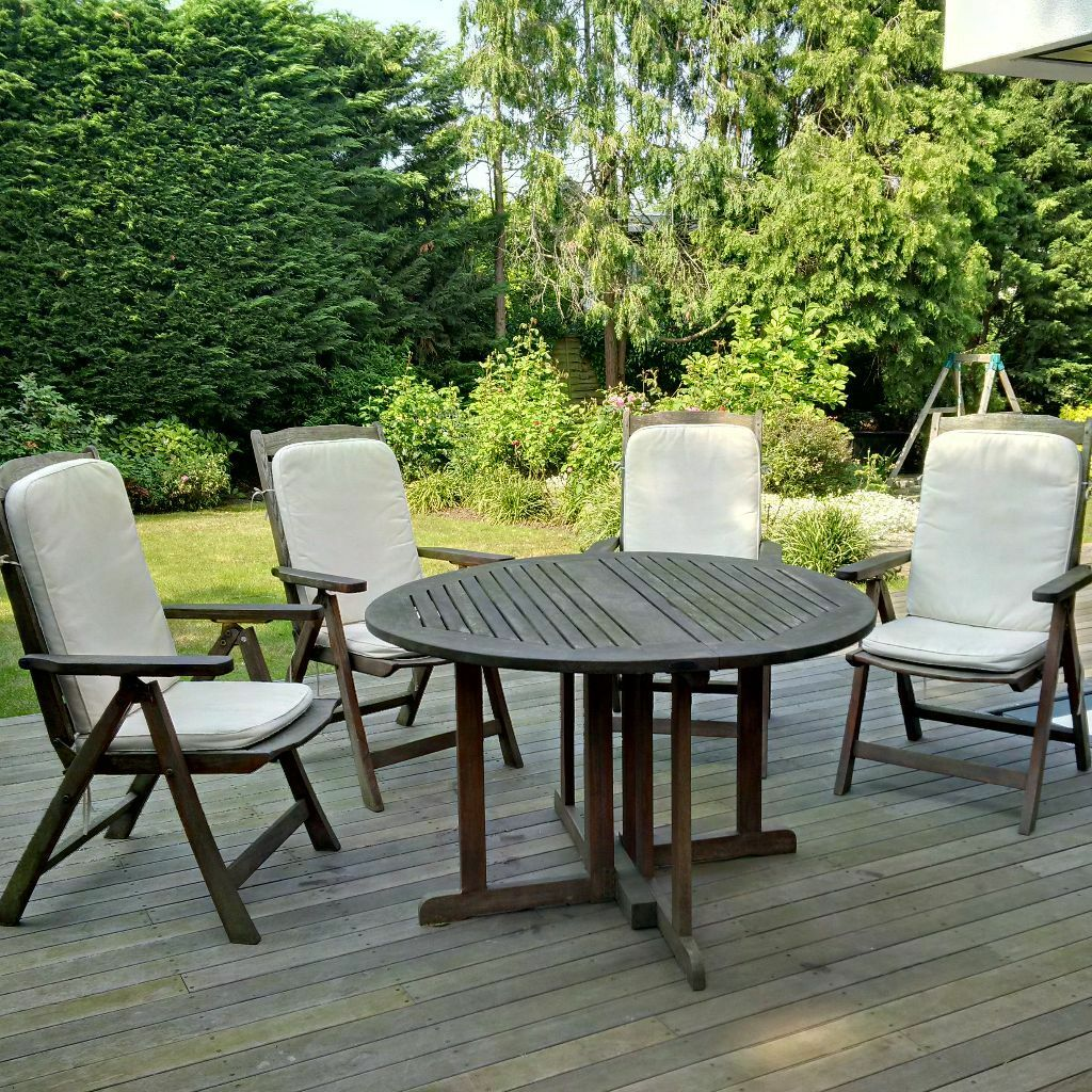 Indian Ocean Outdoor Dining Table & Chairs
