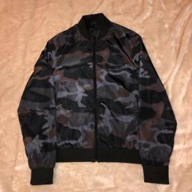 Sneaker freak CAMO jacket