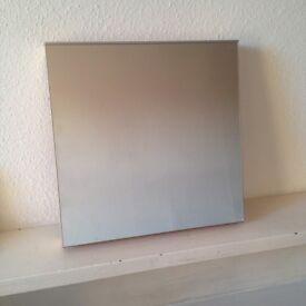 Square Design Wall Mirror (40x40)