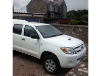 2008 White Toyota HiluxHL2 Twin Cab Pick Up With Canopy, Manual Diesel 2494cc