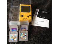 Classic gameboy with case and 4 games