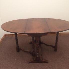 Solid oak reproduction drop leaf table (mint condition )