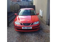 Red Saab 9-3 vector 1.8t