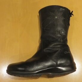 Clarks Leather Gore-Tex boots - girls size 12F