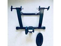 Magnetic indoor bike trainer