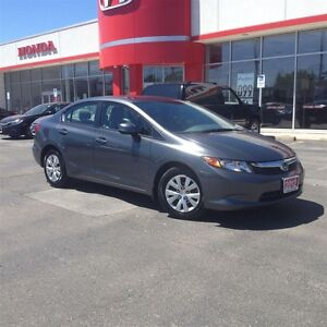 2012 Honda Civic LX (A5)| One Owner| Accident Free| Bluetooth|