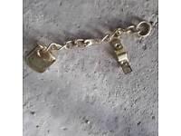 Job lot door chains over 100 in total
