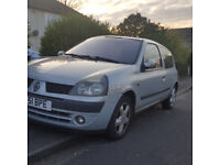 Renault Clio 1.2 MOT march 2018. £275 priced to sell