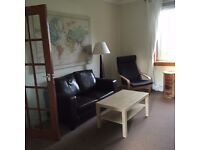 TAKEN-- Confirmation pending: Bright one-bed flat, Gilmerton, 1 Oct, near ERI, QMRI, Kings Bldgs