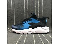 Nike Huaraches Brand New ( ALL SIZES )