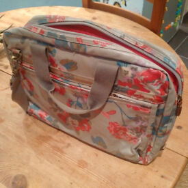 Cath Kidston Candy Flowers Oilcloth Laptop Case/Bag
