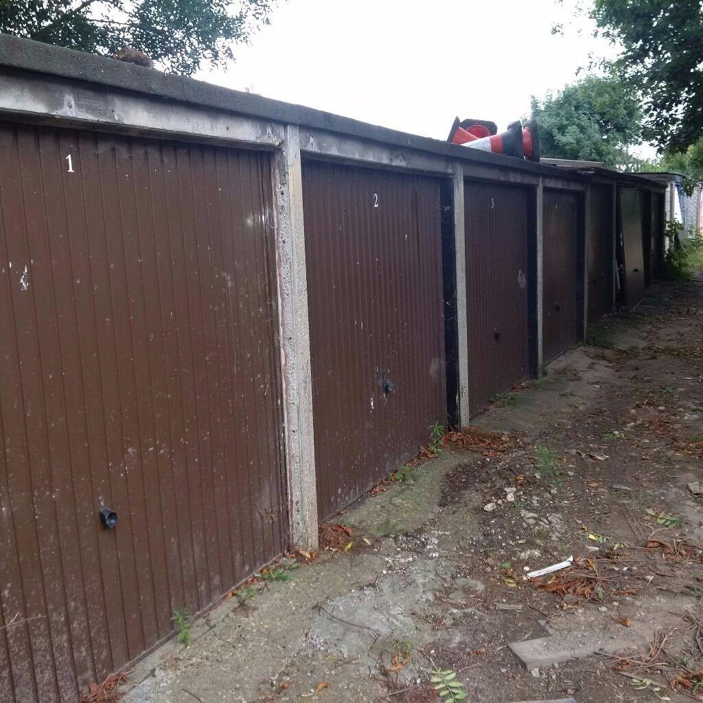 Garages For Rent