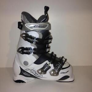 Bottes de ski alpin ATOMIC 24.5 - 25