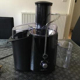 Bella Casa fruit juicer
