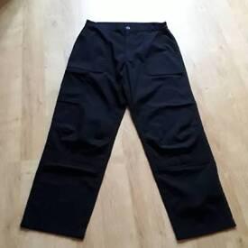 Man's trousers regatta professional size 32 black