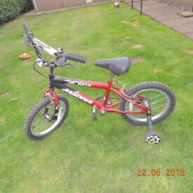 Childs Bicycle with staberlisers