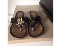 Black/ Gold Toe post Sandals