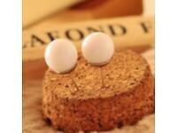 White stud pearl earrings