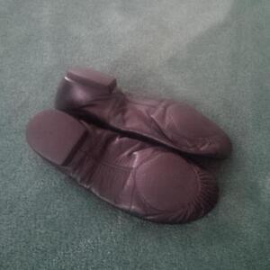 Bloch Jazz shoes size fits 7 1/2 ladies (actually 8 1/2 on shoe) Kitchener / Waterloo Kitchener Area image 3