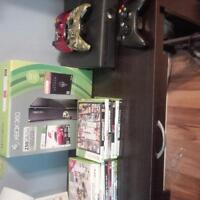 Xbox 360 slim, 250 GB and 1 controller